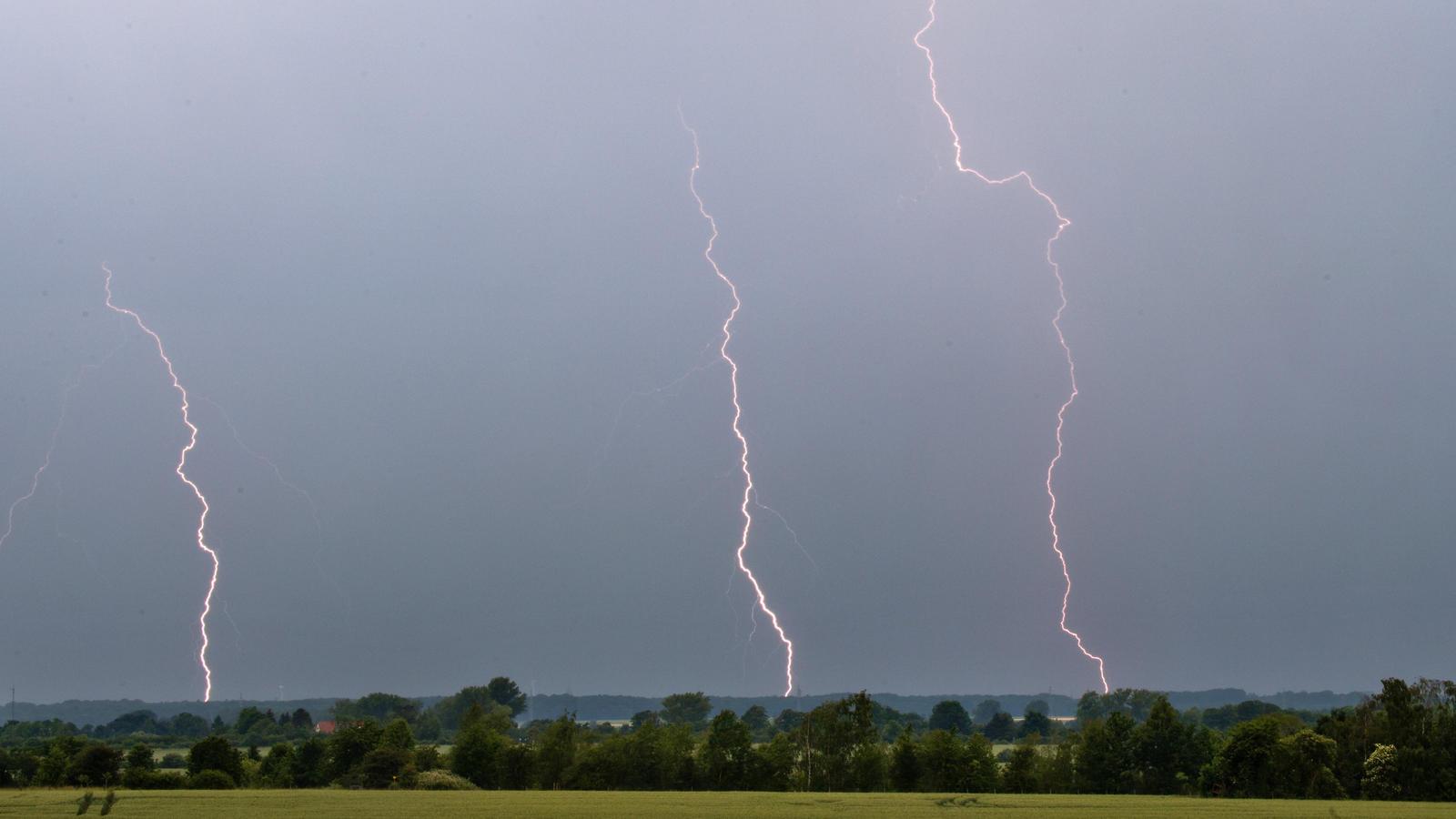 Unwetter Mythen Was Muss Man Bei Gewitter Wirklich Beachten