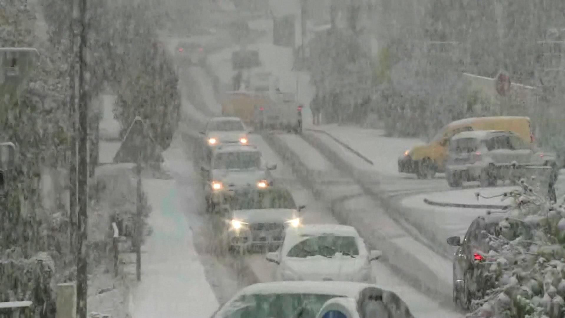 Wintereinbruch Frankreich