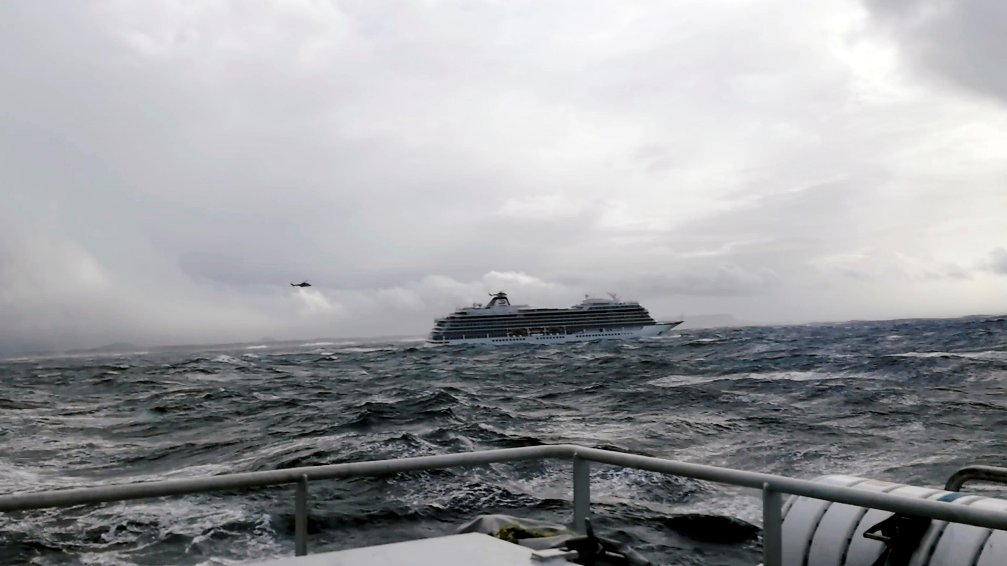 A cruise ship Viking Sky drifts towards land after an engine failure, Hustadvika, Norway March 23, 2019, in this still image obtained from a social media video.   IVER ANDREAS TUENE/via REUTERS   ATTENTION EDITORS - THIS IMAGE HAS BEEN SUPPLIED BY A