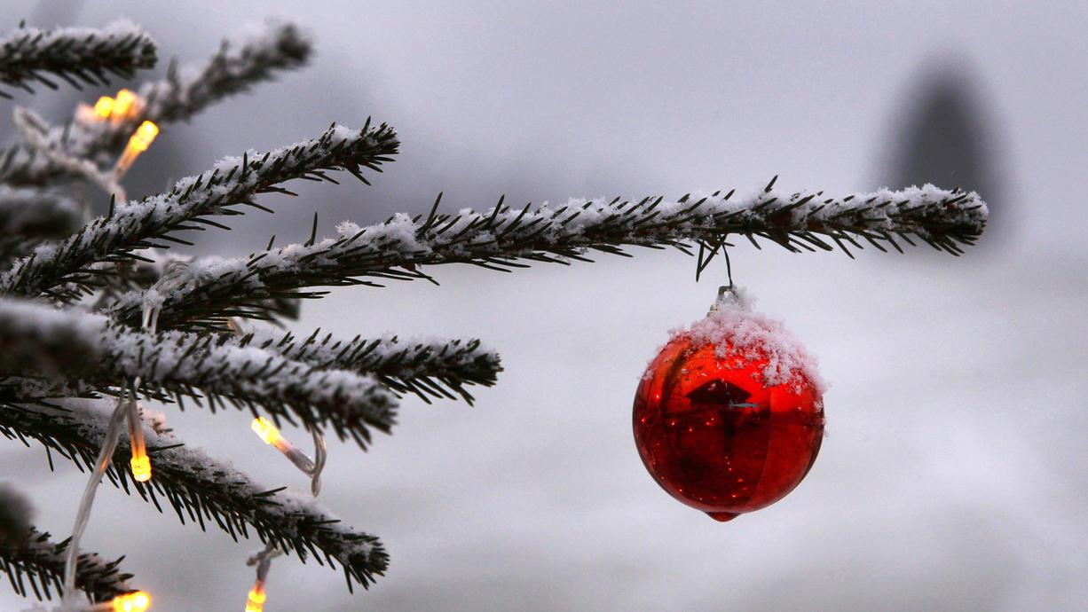 Es ist jetzt nur noch ein halbes Jahr bis Heiligabend. Und ja, es gibt diese Wetter-Langfristmodelle, die uns ein Türchen mit Blick auf Weihnachten öffnen. Und der Ausblick sieht wirklich schön aus.