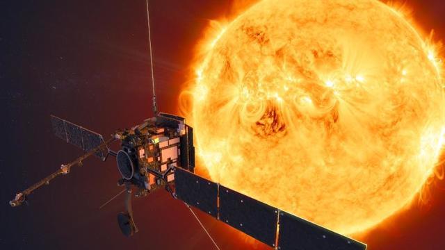 Die Mission rund um den Solar Orbiter der ESA gehört zu den wohl wichtigsten Unternehmen im Weltraum derzeit. Messdaten haben nun wohl Antworten zur extrem heißen Sonnenatmosphäre gefunden.