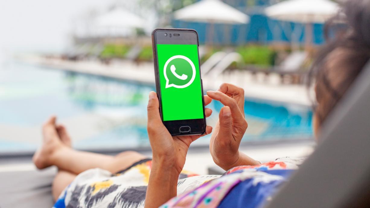 Den Urlaub genießen, ohne von (manchen) WhatsApp-Chats gestört zu werden? Diese Funktion macht's möglich! Wir erklären, wie es funktioniert.