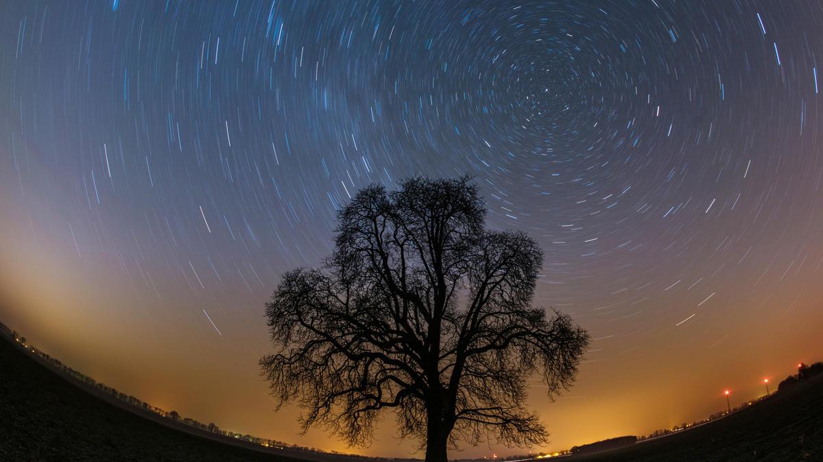 Sonne, Mond und Sterne im März 2021 - die Überraschungen am Sternenhimmel - Wetter.de
