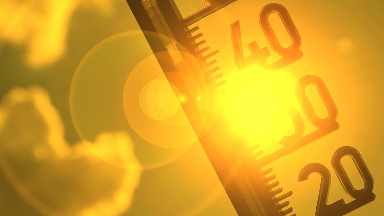 Jetzt kommen die heißesten Tage des Jahres mit bis zu 37 Grad, dazu tropische Nächte und unangenehme Schwüle – kräftige Gewitter mit großem Unwetterpotential inklusive. Und es droht sogar direkt ein Hitze-Doppelschlag!