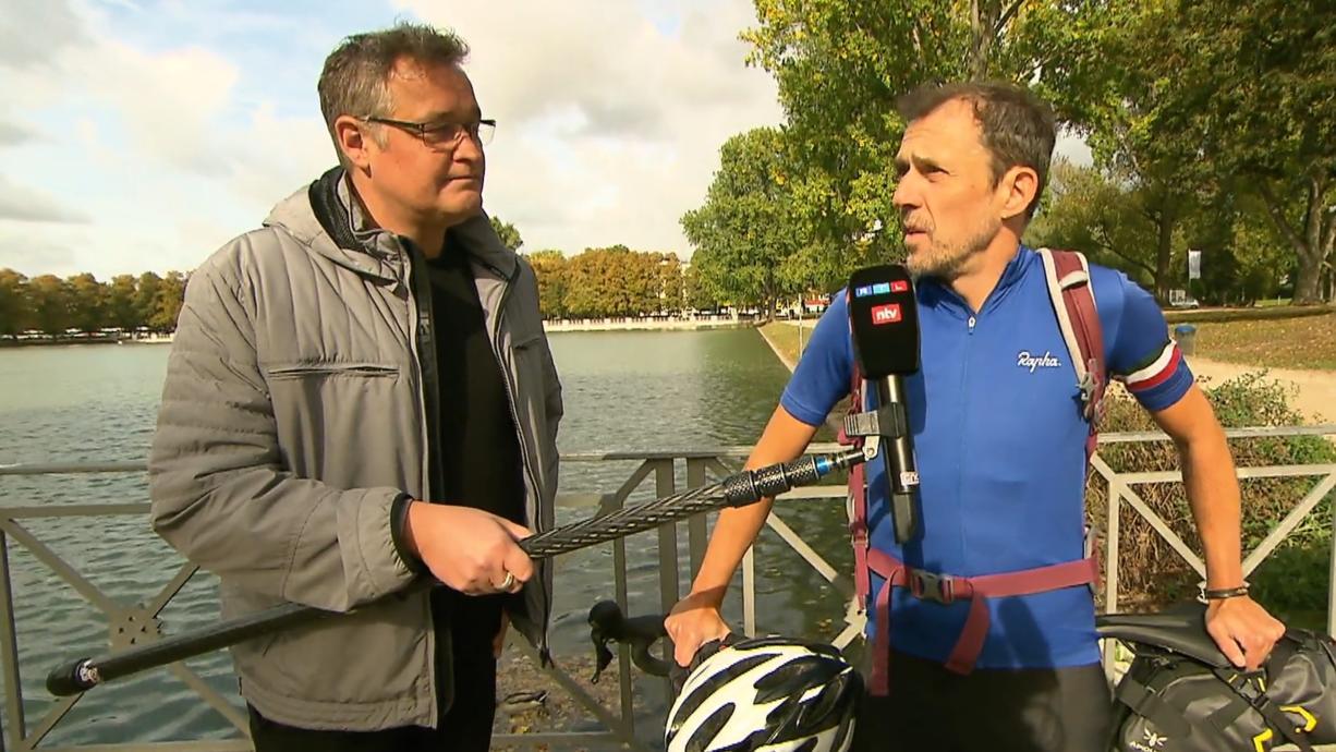Wetter.de-Redakteur Oliver Scheel fährt mit dem Fahrrad 1.400 Kilometer von Köln nach Glasgow und besucht unterwegs Menschen und Projekte, die gegen die Klimakrise kämpfen.