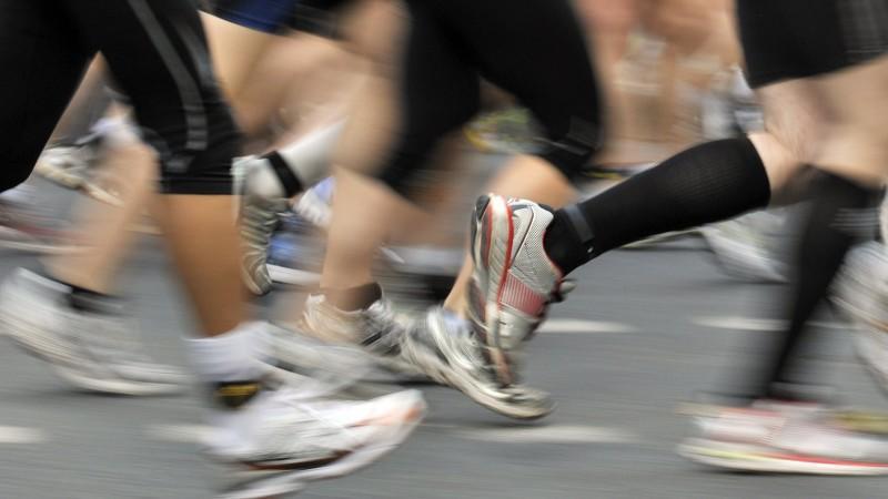 Joggen ohne Knieprobleme: Neue Laufschuhe sollen helfen