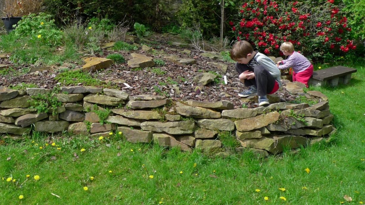 Drei Landschaftsgärtner geben Einblicke in die Kunst, Gärten als Räume anzulegen.