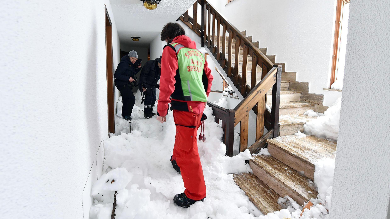 Norditalien: Lawine begräbt Haus - 29 Menschen gerettet - wetter.de