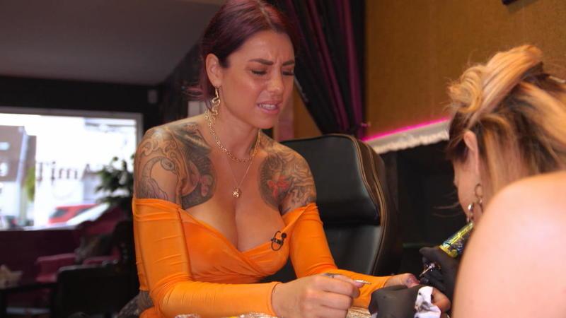 Kate Merlan Und Ihr Liebes Tattoo